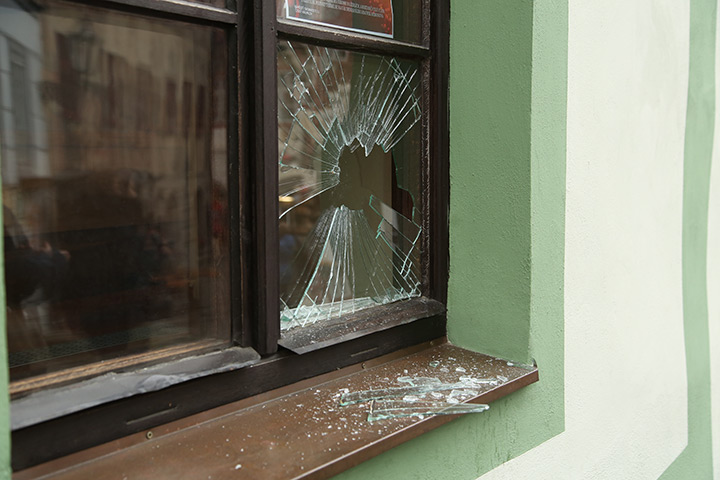 A2B Glass are able to board up broken windows while they are being repaired in Stockwell.